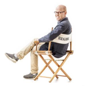 Im Coaching vermittelt Lutz Herkenrath Bühnenwirksamkeit - auch und gerade auf der Basis seiner eigenen langjährigen Erfahrung als Schauspieler.